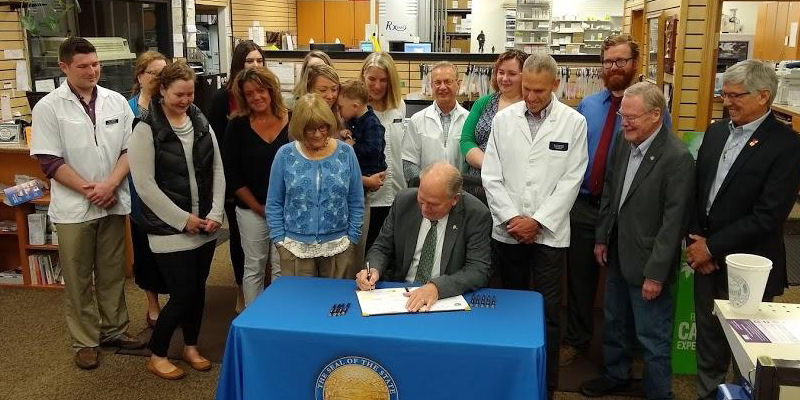 NEWS: Legislation Signed to Regulate the Middle-Men Between Pharmacies and Insurance Companies