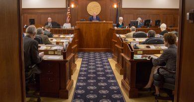 Lawmakers react to partial restoration of University of Alaska funding