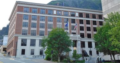 Governor's call amended to include capital budget, full Legislature to convene in Juneau